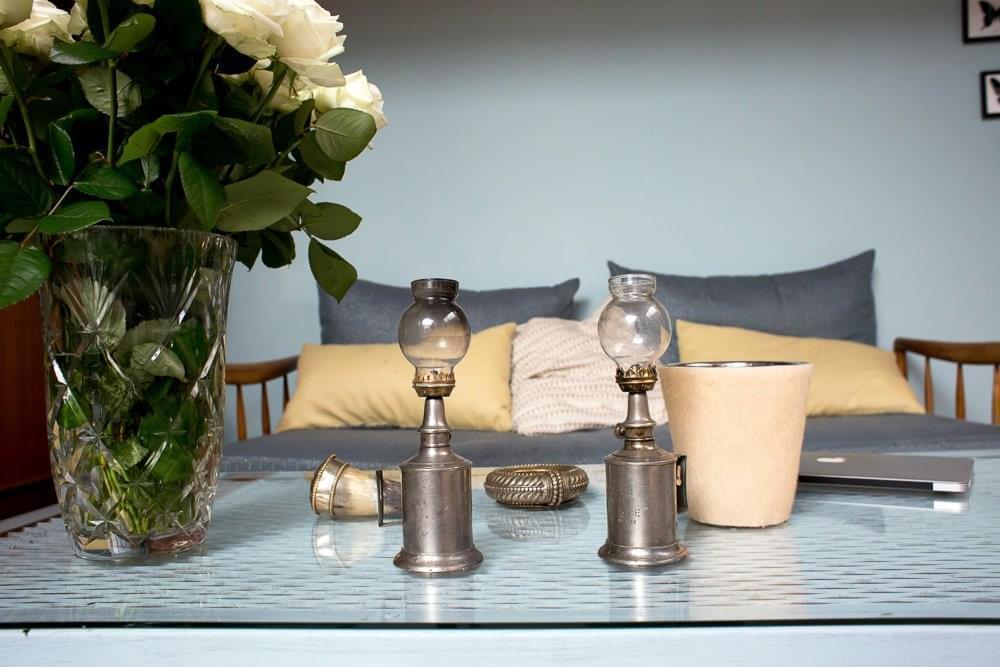 laura paris 2 me inside closet. Black Bedroom Furniture Sets. Home Design Ideas