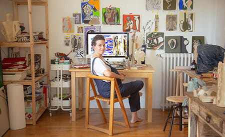 inside-closet-florence-bamberger-les-artistes.jpg