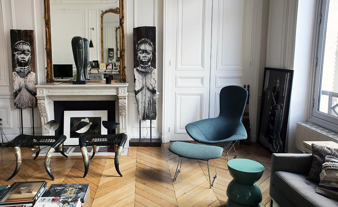 christel paris 1er inside closet. Black Bedroom Furniture Sets. Home Design Ideas