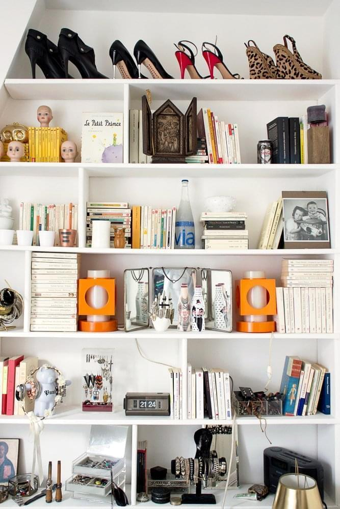 laure paris 17 me inside closet. Black Bedroom Furniture Sets. Home Design Ideas